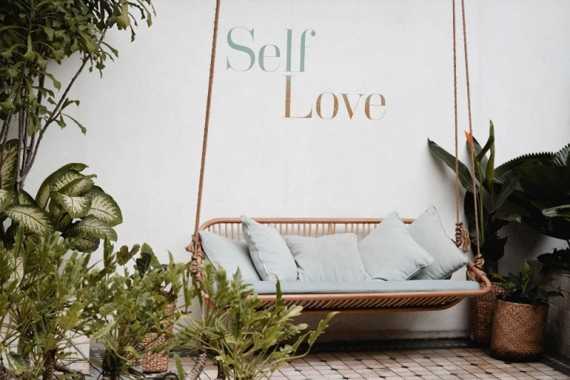 self-love affirmations: top quotes to practice it