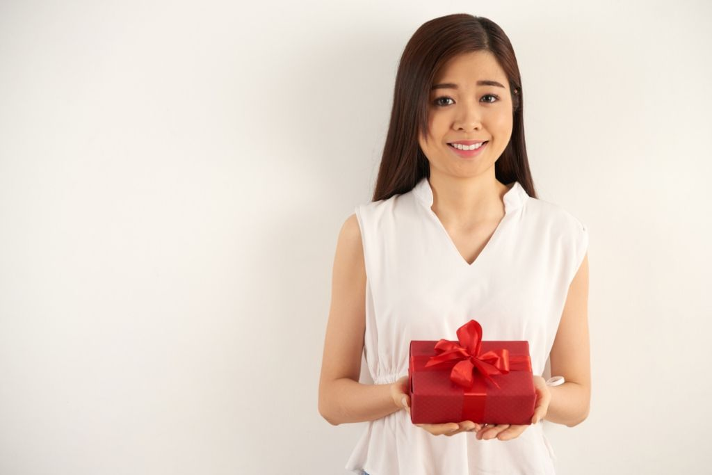 Send Him a Gift that Reminds Him of You