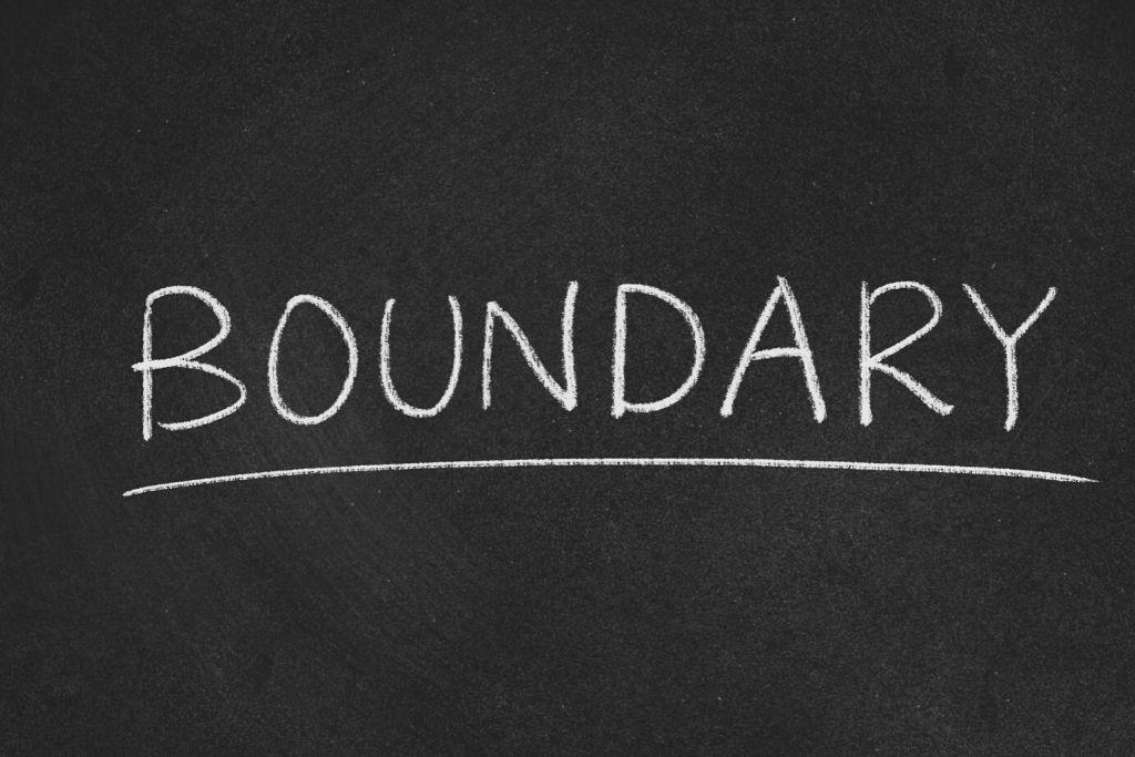 Dysfunctional boundaries