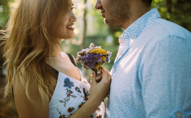 Here's How to Tell if a Girl Likes You