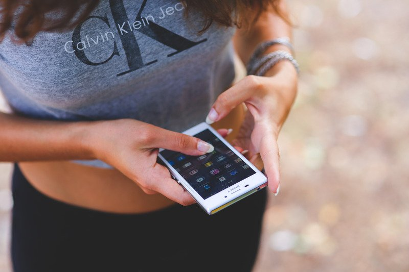 Best Questions To Ask A Girl Over Text