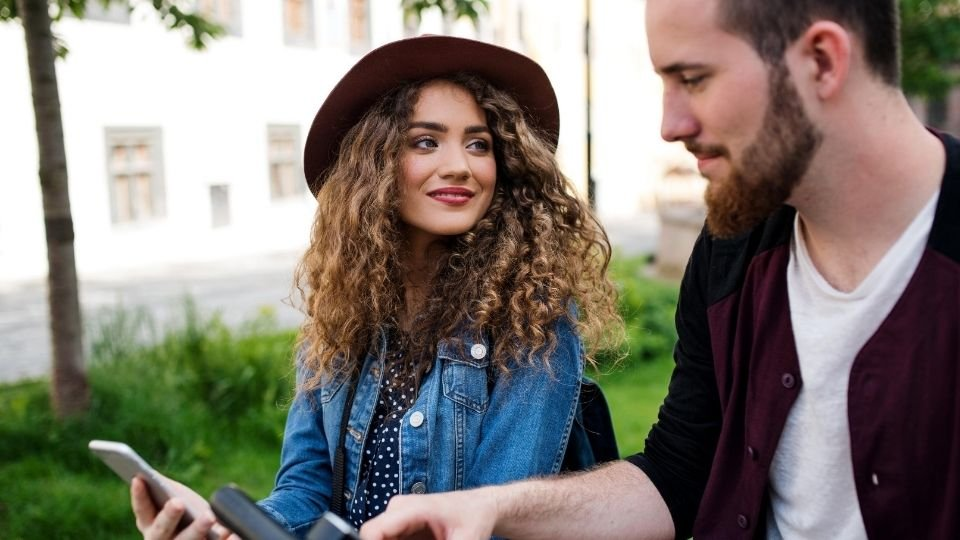 Good Questions To Ask A Girl and Kick-Start A Conversation