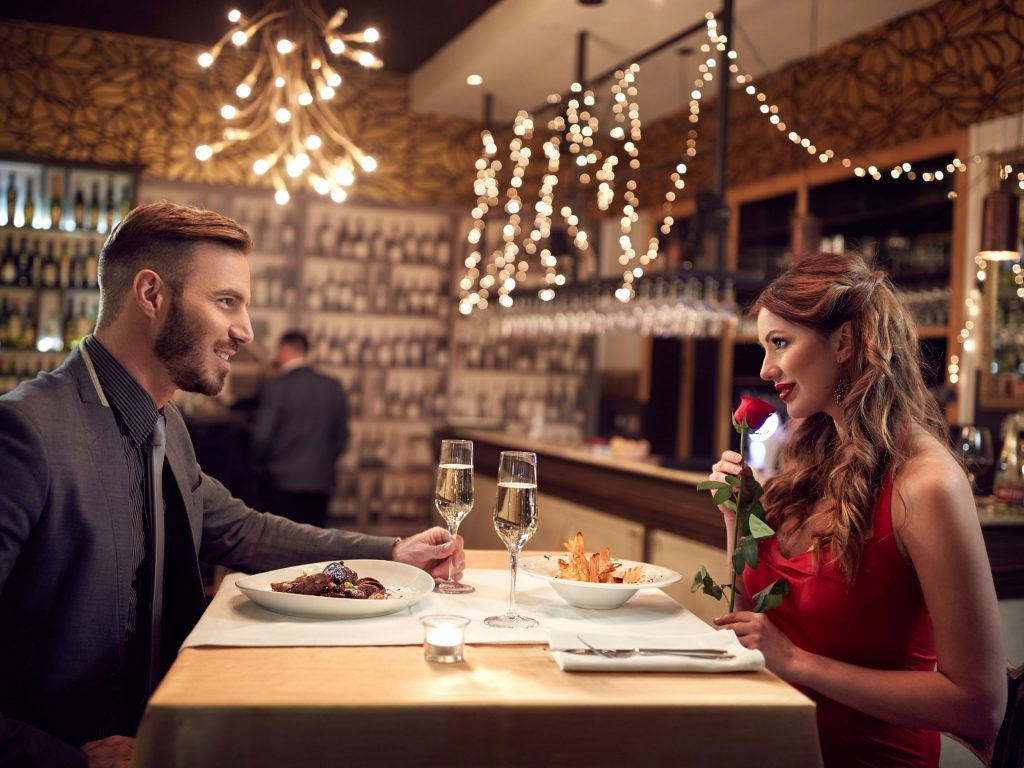 Sweet Things to Say to Your Girlfriend on Valentine's Day